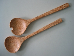 Set of coconut wood salad spoon - small size